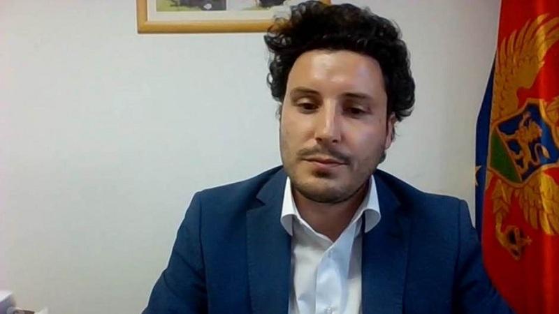 Shengeni ballkanik/ Abazoviç: Lehtëson jetën e qytetarëve! Duhet t'i bëjmë kufijtë të padukshëm