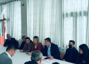Balla takim me strukturat e PS në Lushnje: Kemi nevojë për një organizim të ri të partisë në çdo cep të territorit