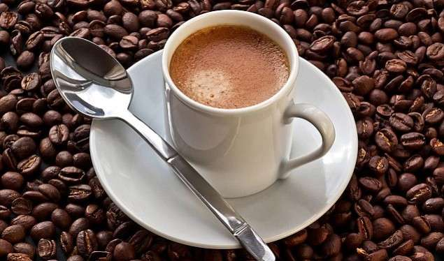 Cilat janë dëmet e konsumit të kafesë? – Lajmi.net