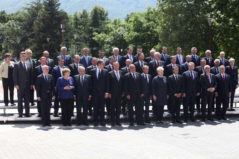 eu-western-balkans-summit-family-phoro_41268192195_o