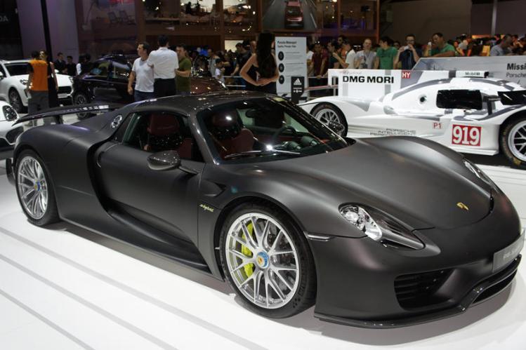 Këto janë veturat më të shtrenjta në botë-Foto