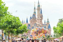 Important Tips Visiting Shanghai Disneyland - La Jolla Mom