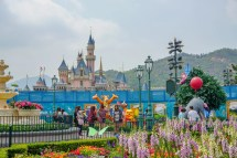 Hong Kong Disneyland Insider' Guide With Kids
