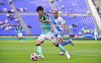 León sacó los tres puntos de visita en el estadio Cuauhtémoc del Puebla, en la fecha 15 del Apertura 2021. Foto Tomada del Twitter @clubleonfc