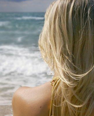 trucs-cheveux-été-une