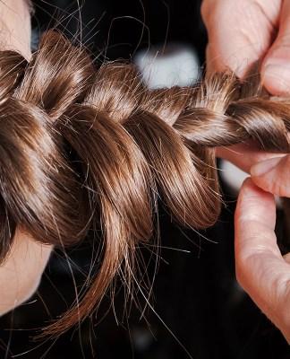 3 coiffures-mariage-une