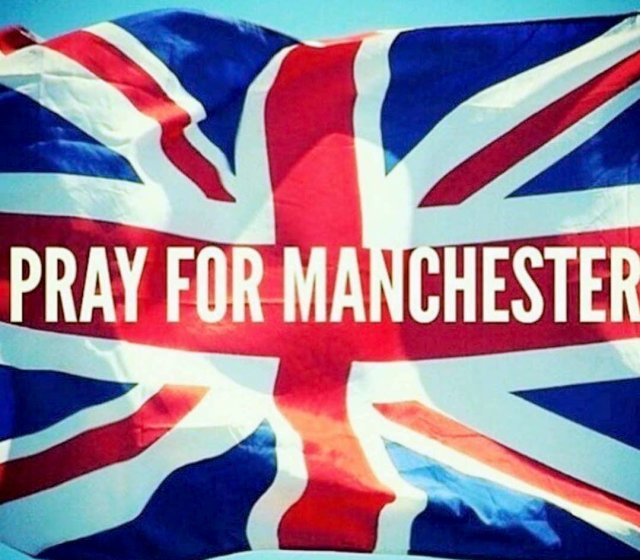 attentat-manchester-spectacle-ariana-grande