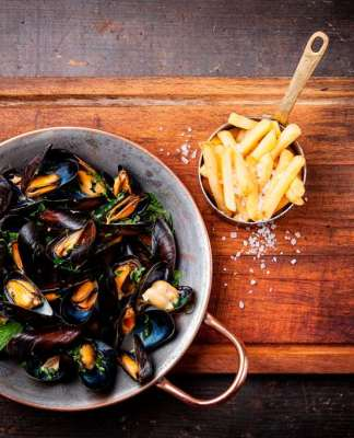 Festival Moules & Frites, cover
