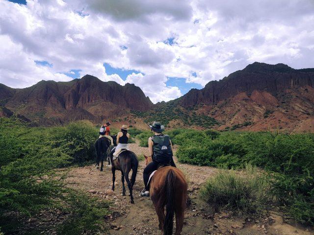 Randonnée à cheval dans le sud de l'Altiplano Bolivien, à Tupiza