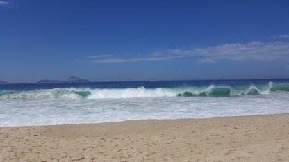 15. Leblon Waves (3)