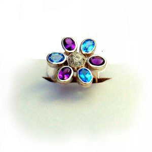 SILVER RING WITH BLUE TOPAZ & AMETHYST