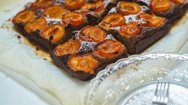 Cook – Einfacher Marillenkuchen und Low Carb Ernährung