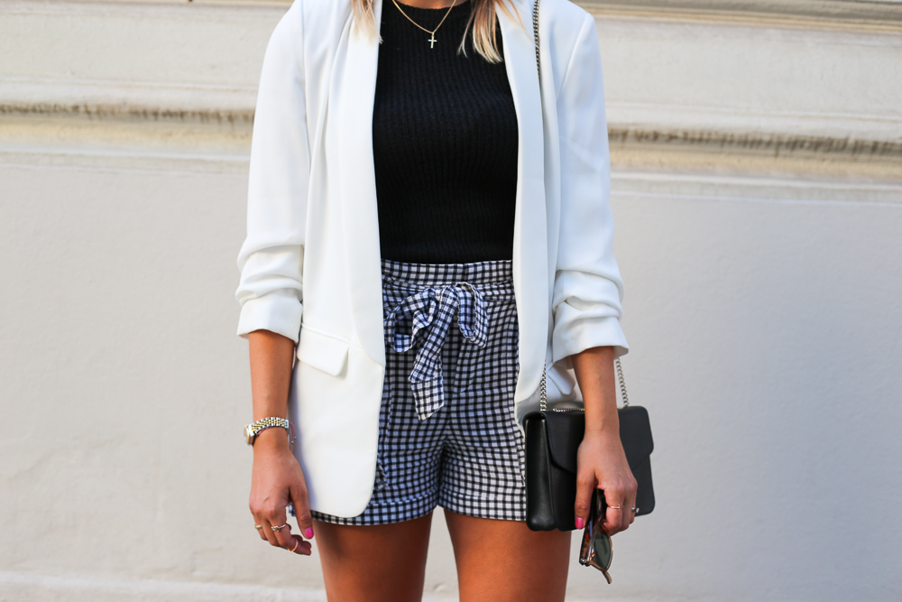 Outfit – Black and White & SALE SALE SALE ;-)