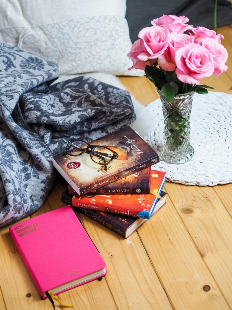 Bücher, Buch, Lebenshifle, Ratgeber, Journals, Lifestyleblog