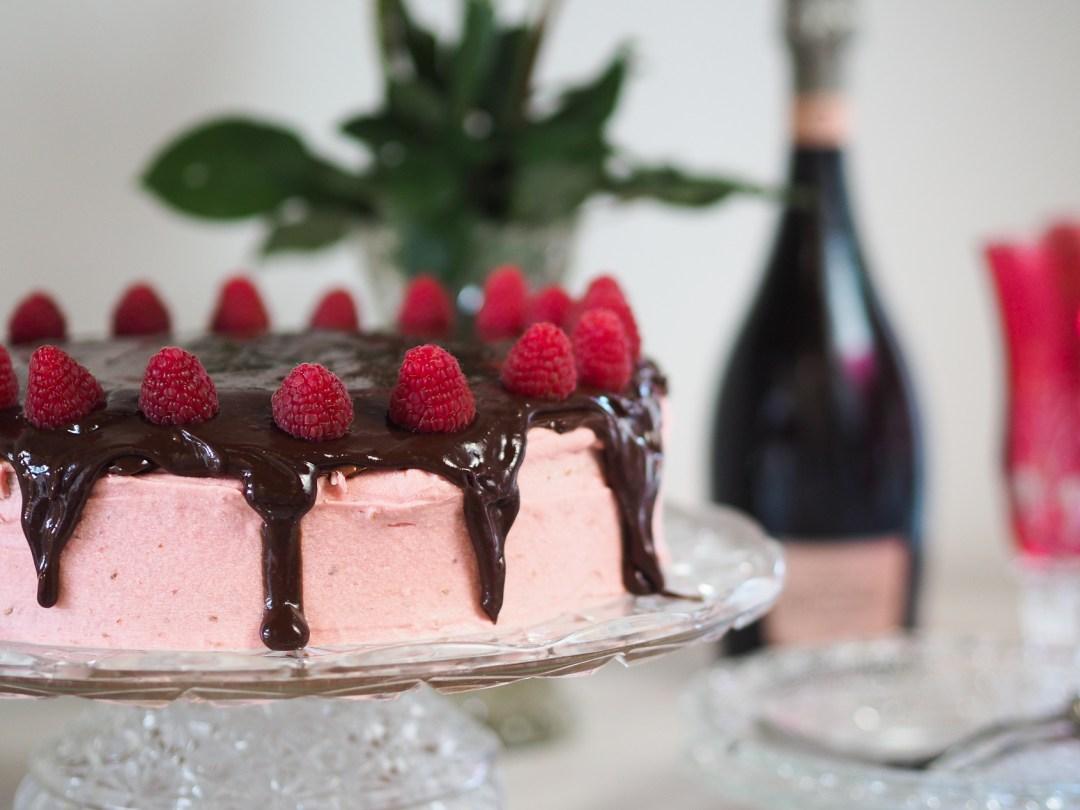 Cook – Himbeer Buttercreme Torte