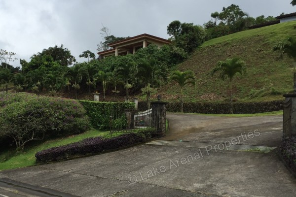 First Class New Home with Panoramic View of Lake Arenal