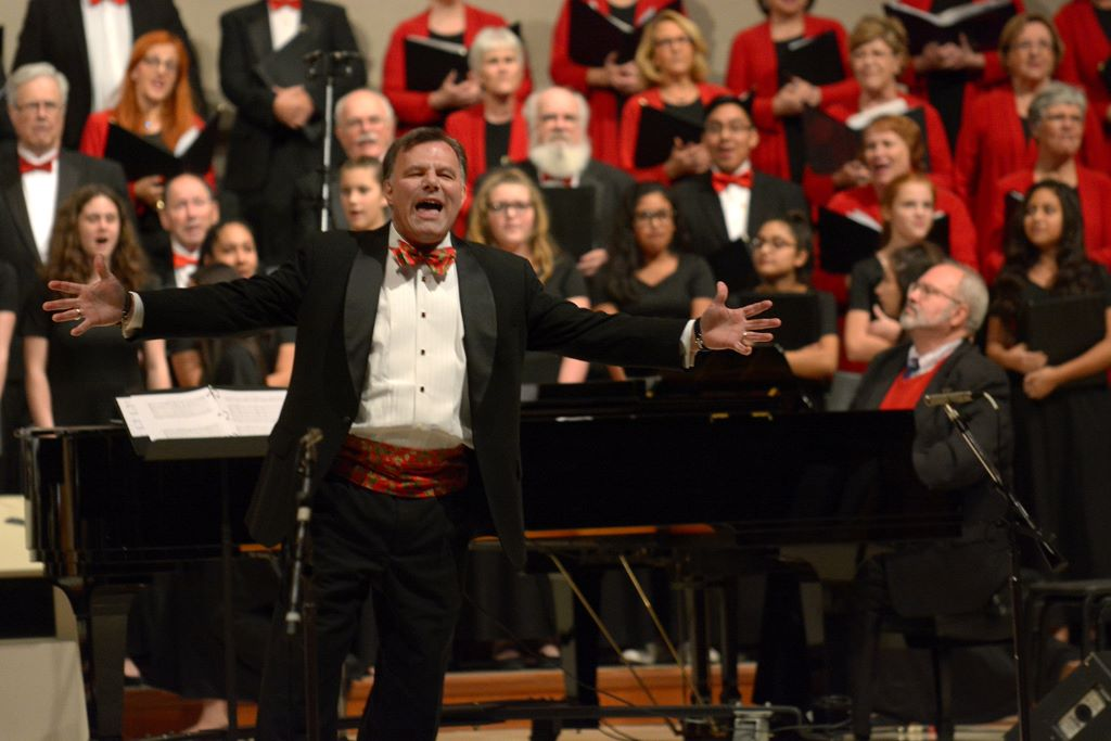 "Choral Society to present ""Your Christmas Favorites"""