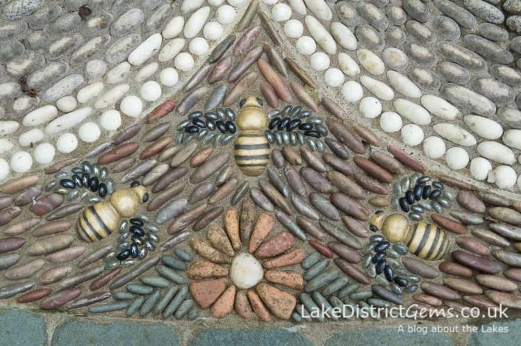 Bee mosaic