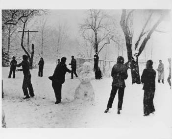 snowball_fight_lake_eden_campus_black_mountain_college_ca_early_1940s