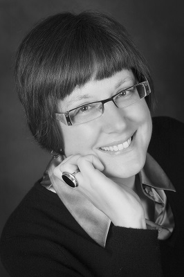 Past presenter for Lakefly Writers Conference located in the Fox Cities, Oshkosh, Wisconsin: Pat Zietlow Miller