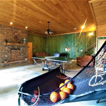 Cabins With Game Rooms – The Vacation Your Family Deserves.