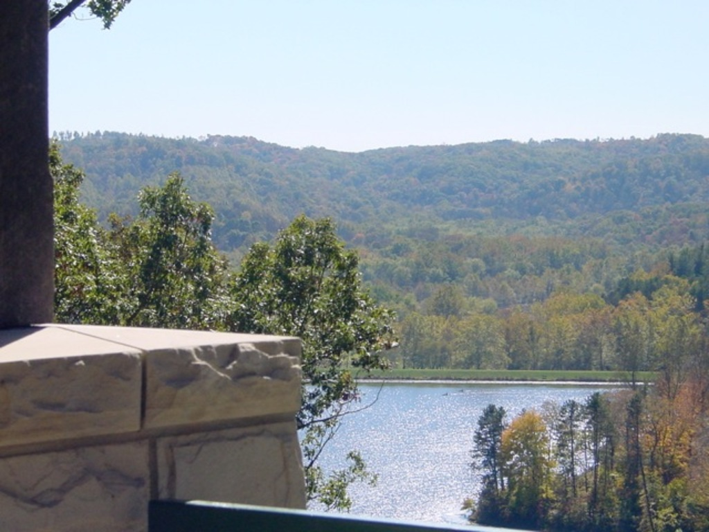 Photos Lake Hope Lodge