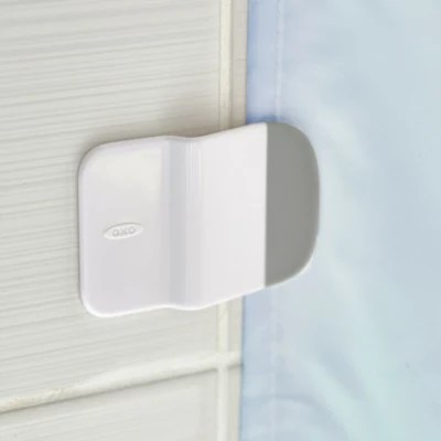 kitchen wall splash guard hotels with kitchens in waikiki oxo good grips® shower and tub protector worktops ...
