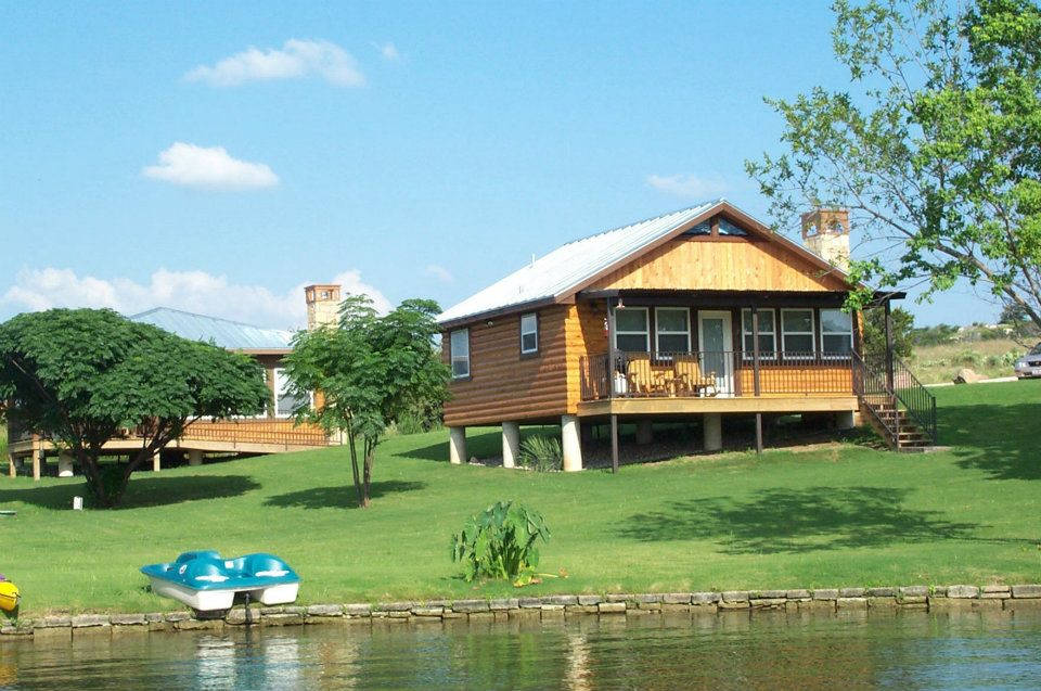 Vacation Rentals Lake LBJ Tx  Water Front Cabin Rentals