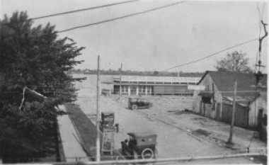 downtown_lake_village_ca 1920_session_coll_lakeport2