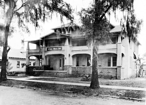 Legend has it that President Calvin Coolidge ate lunch at the Gray Moss Inn in Dade City, but no documentation has yet been found to verify that. (Courtesy of Helene Eck Sparkman Collection)