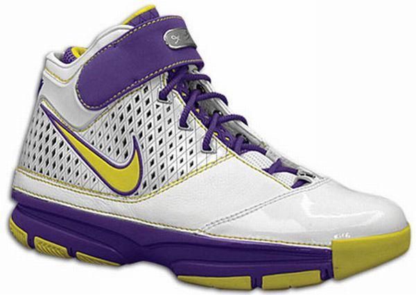 Kobe Bryant Shoes Pictures: New Nike Zoom Kobe II (2