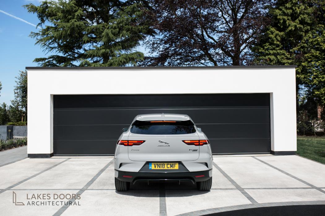 Teckentrup Supersize Garage Door