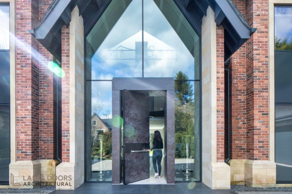 Pivot Doors Cheshire