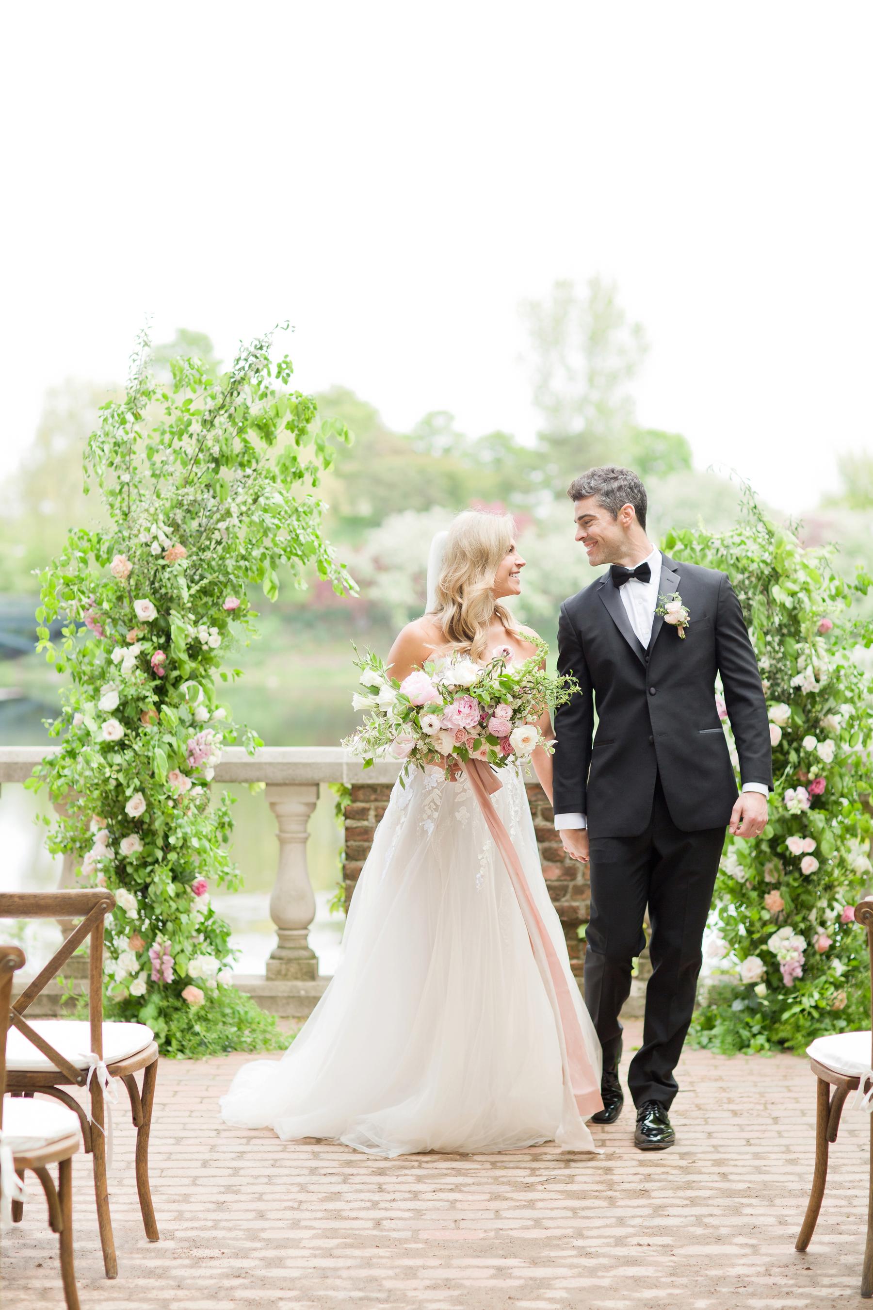 Romantic Chicago Botanic Garden Wedding Inspiration  Lakeshore in Love