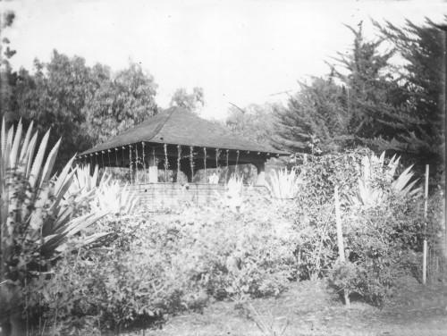 Cecil's Inn Summer House
