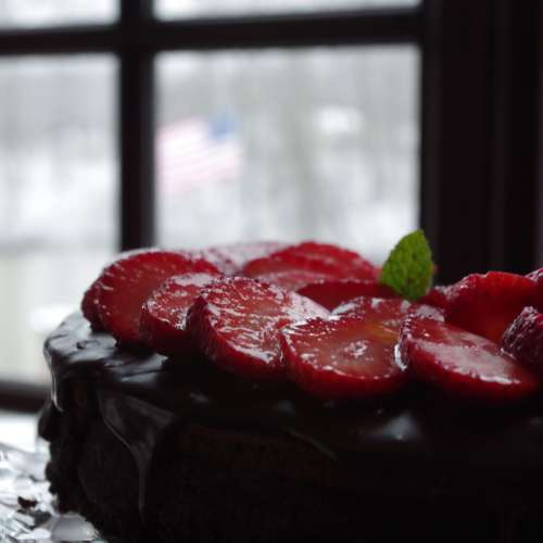 Flourless Chocolate Torte with Easy Ganache