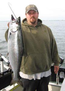 Duluth Salmon on webcam