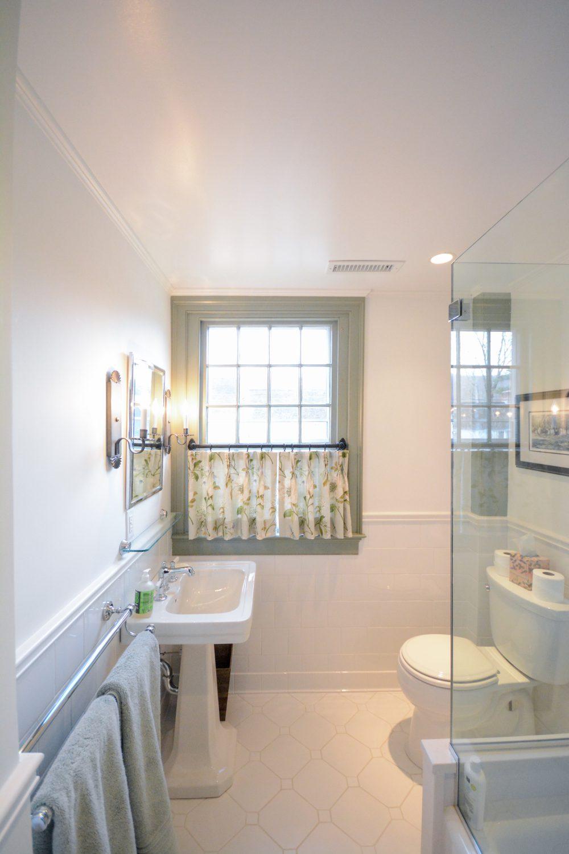 Ellsworth Bathroom