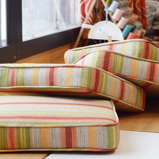 Cheerfully plump #cushions made with #oldworldweavers #fabric from @starkcarpet. . . . .  #stark #starkfabric #workroom #atelier #stripes #cheerful #interiordesign #interiordesigner #atwork #behindthescenes #customsewing #litchfieldcounty #litchfieldhills #theberkshires #columbiacounty #reupholstery #upholstery #customfurniture #interiorstyling #interiors