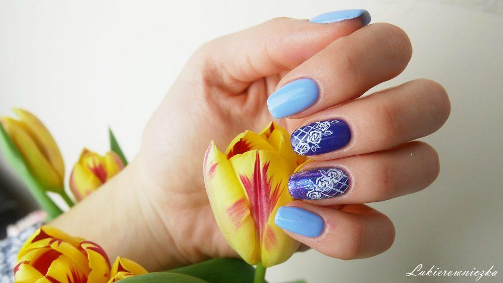błękitne-hybrydy-z-pyłkiem-Victoria-vynn-117-sky-blue-118-Ultra-violet-Lakierowniczka-paznokcie-hybrydowe-roze-paint-gel-błękitne hybrydy z pyłkiem Victoria vynn