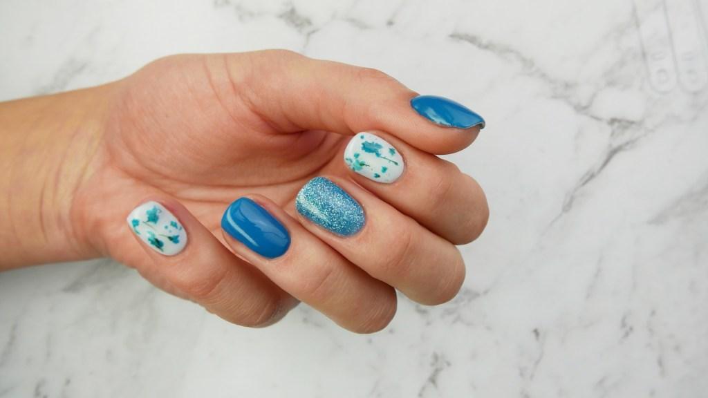suszone-kwiaty-z-żelu-z-Aliexpress-flowers-gel-nails-Vogo-Lakierowniczka