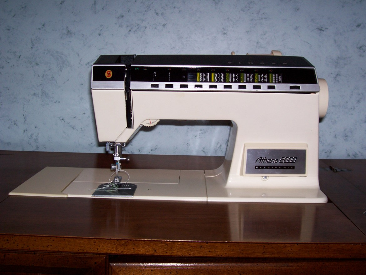 Singer athena 2000 sewing machine