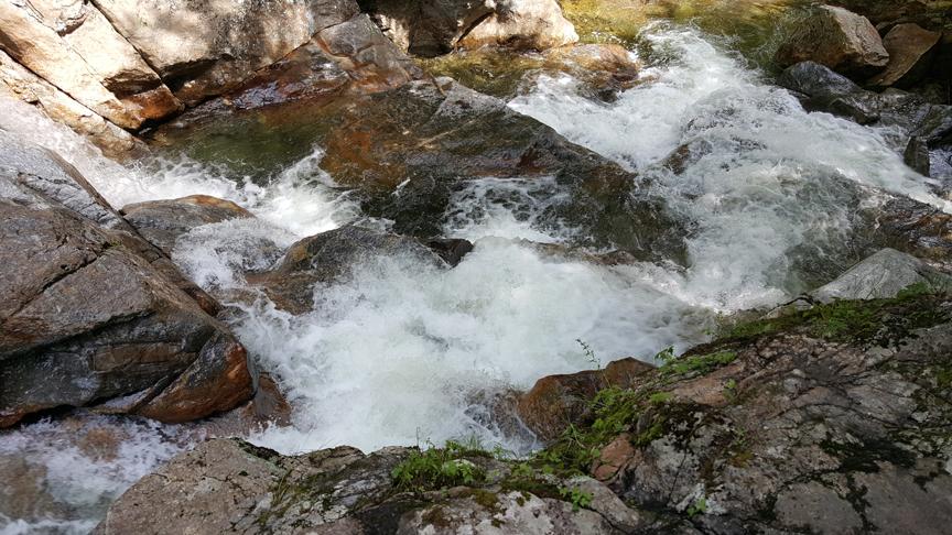 water fall in NH