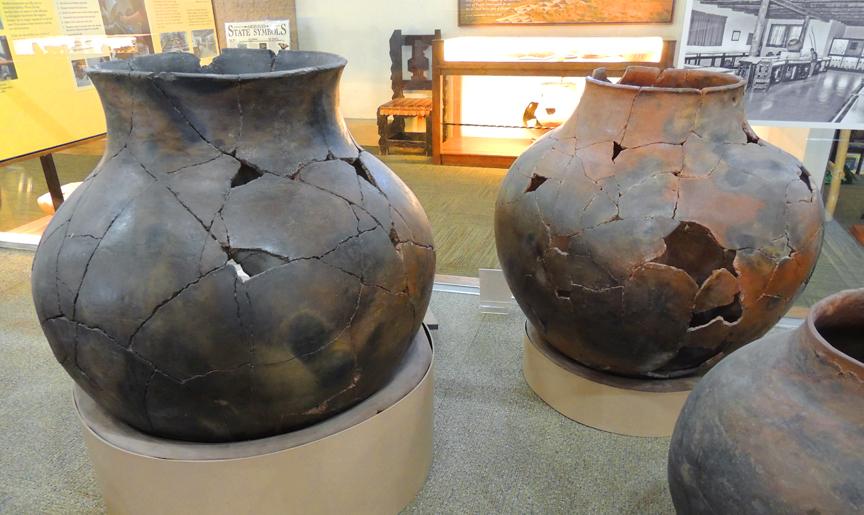 ancient ollas