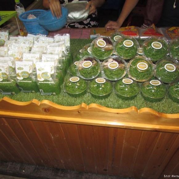 Kanom Lot chong десерьы тайской кухни