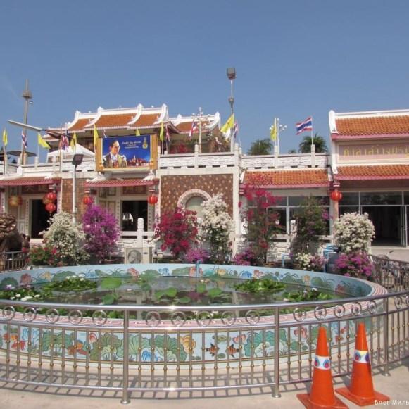 велотур храм Sawang Boriboon