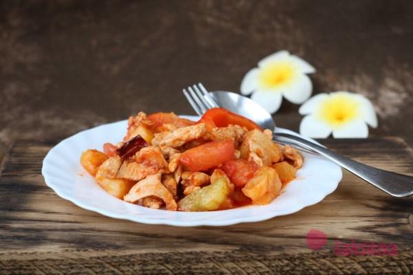 Свинина в кисло-сладком соусе по-тайски