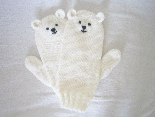 la la loving plolar bear mittens