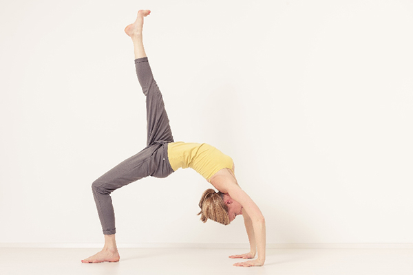 la-la-loving-yoga-before-bed