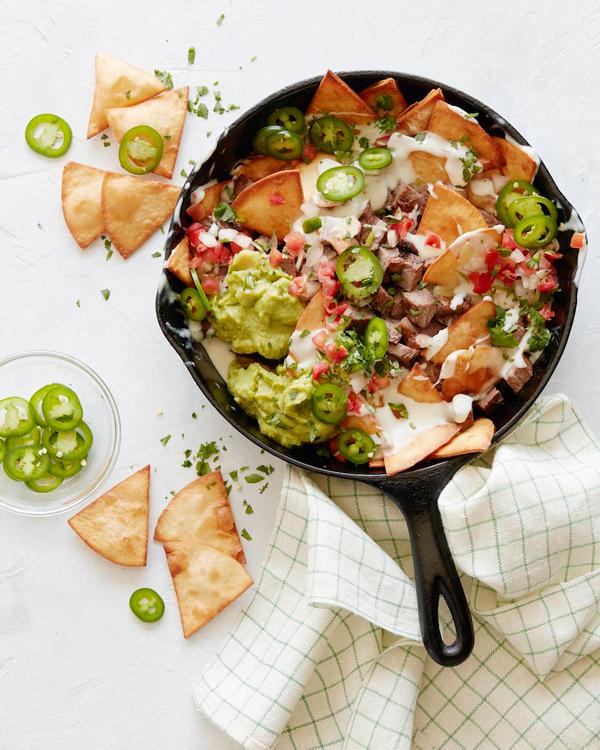 carne asada skillet nachos
